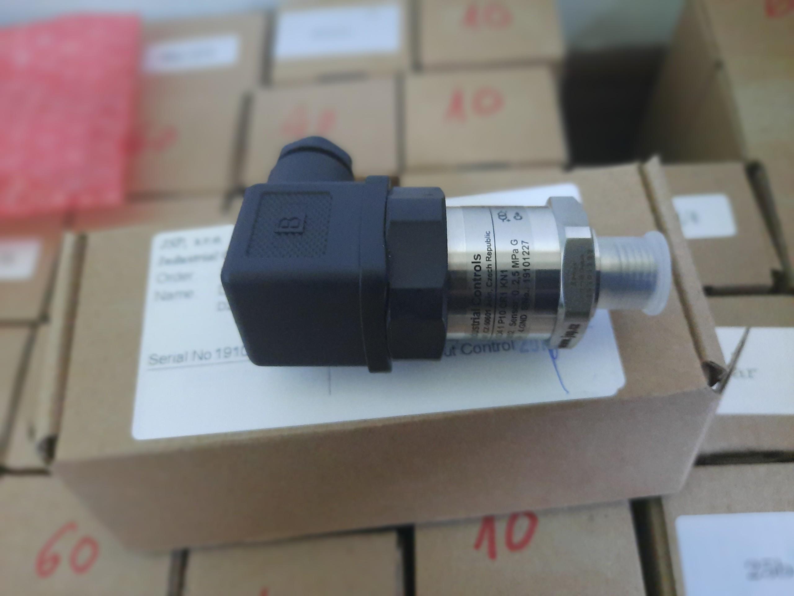 Cảm biến đo áp suất đường ống dẫn